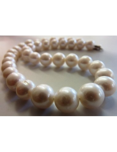 Collier perles blanches 10 a 12mm